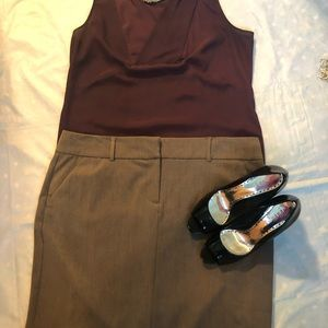 Old Navy grey skirt, size 16